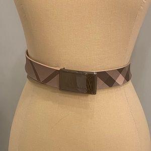 Women's Burberry Belt Size 90